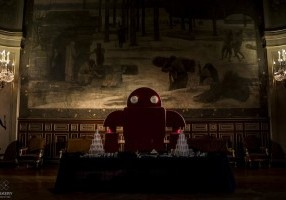 """The Maker Faire robot bartends at the Hôtel de Ville for """"Paris city of"""